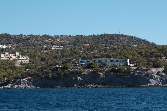 Kavos Bay Seafront Hotel: View of Kavos Bay from the ferry