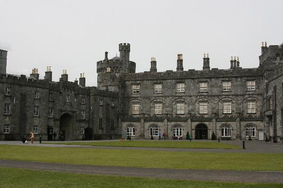 Castillo de Kilkenny: Kilkenny Castle and grounds