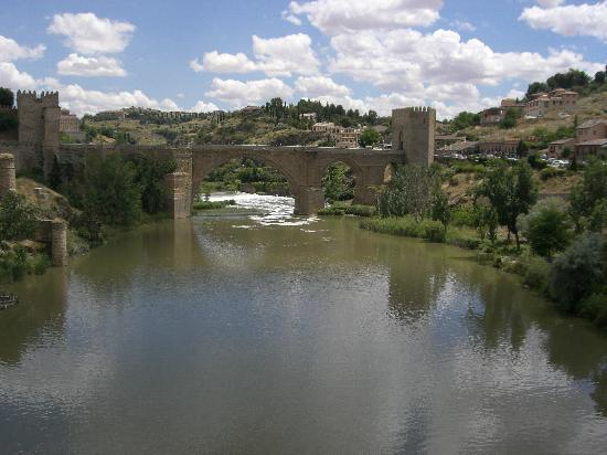 Parador de Toledo: another river picture