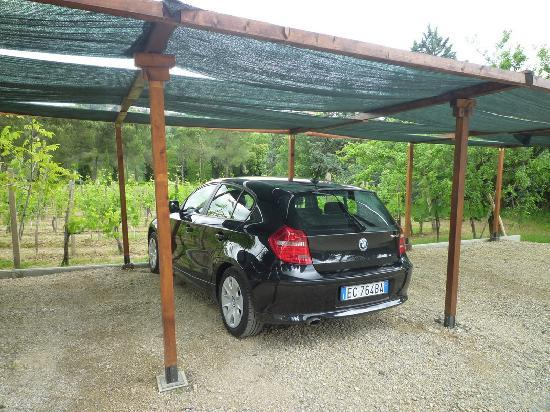 Podere Bellavista: the parking lot