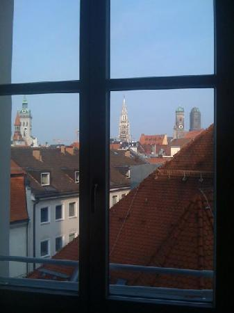 Mandarin Oriental, München: View from our Room 407