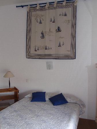 Hotel Restaurant L'Hermitage : Duplex Room - Ground floor bedroom
