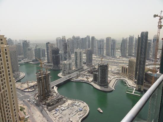 JA Oasis Beach Tower: Aussicht aus dem Zimmer