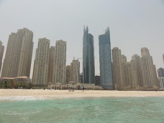 ‪فندق اوسيس بيتش تاور: Am Strand, hinten Oasis Beach Tower Hotel‬