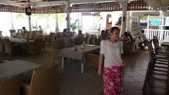 Malapascua Exotic Island Dive & Beach Resort: im Restaurant