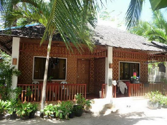 Malapascua Exotic Island Dive & Beach Resort: Cottage mit 2 Zimmern