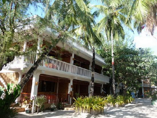 Malapascua Exotic Island Dive & Beach Resort: Cottage mit 6 Zimmern