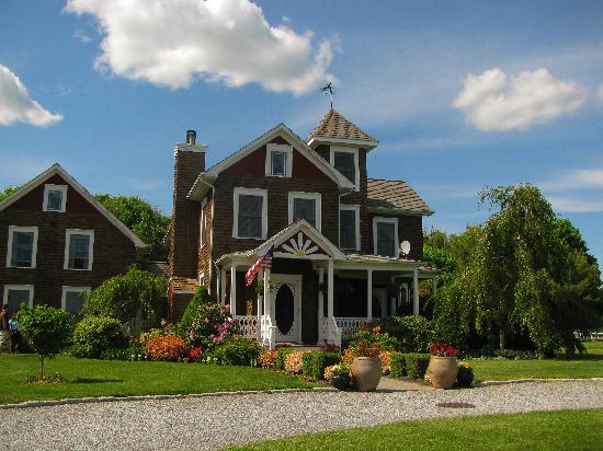 East Moriches, Nova York: The Victorian House