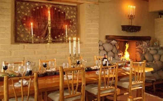 Laguna Lodge Eco-Resort & Nature Reserve: Candlelit dinner at Zotz Restaurant