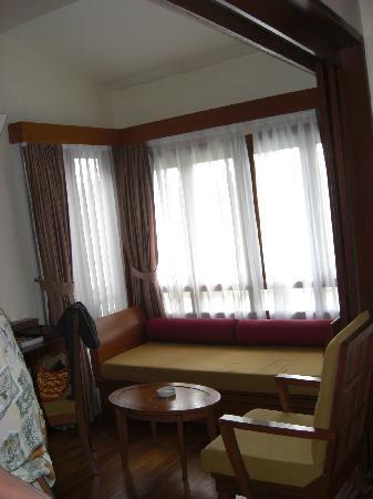 Langkawi Lagoon Resort: Reclining sofa
