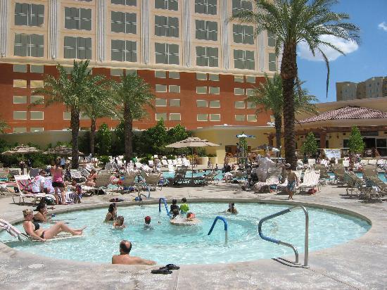 Foto De South Point Hotel Casino And Spa Las Vegas Swimming Pool Tripadvisor