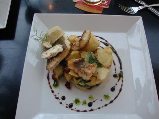 Restaurant Nebozizek: Pikeperch with potatoes