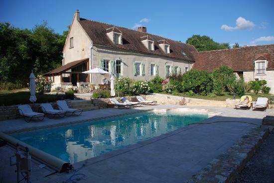 Demeure de Forterre : Maison propriétaire et piscine