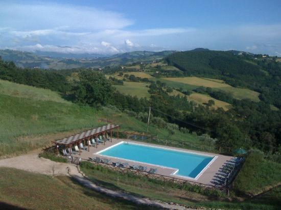Villa Pian Di Cascina: Bad photo of the actual view from our room