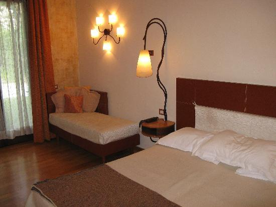 Hotel Langhe: The room