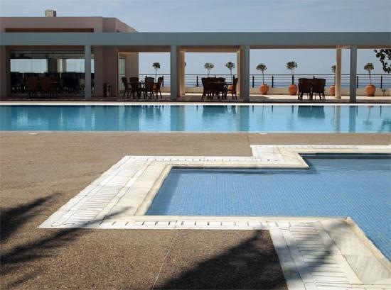 Pafiana Heights Hotel - Apts: Pools