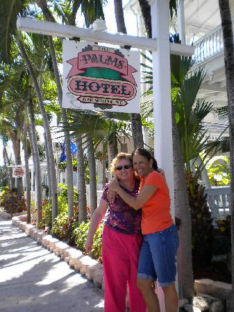 The Palms Hotel- Key West: The place was cool looking