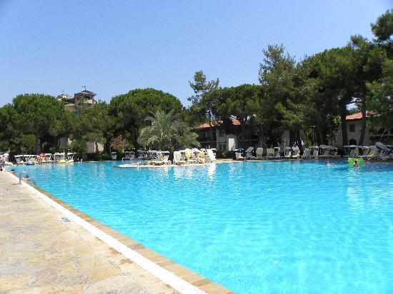 Secret garden pool picture of xanadu resort hotel belek for Secret garden pool novaliches