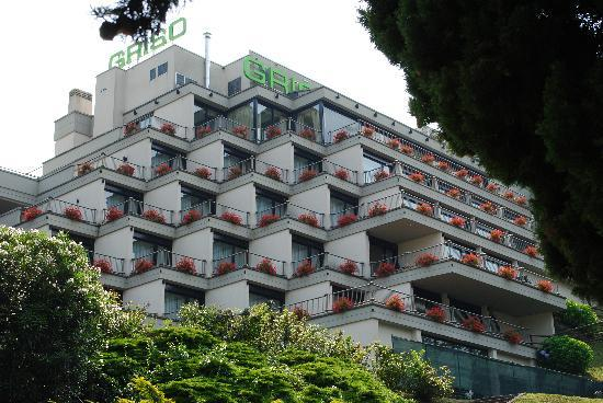 Clarion Collection Hotel Griso Lecco : The front of the hotel. As you can see every room has a large terrace ...