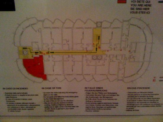 Laguna Palace Hotel: Wenn man schon das größte Zimmer am Floor hat sollte man auch den Plan fotografieren :-)