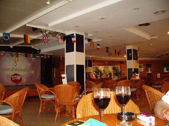 Grupotel Port d'Alcudia: the lounge
