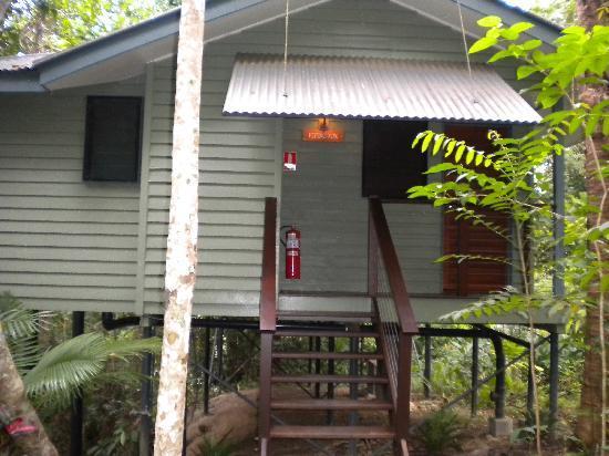 Silky Oaks Lodge: Front of Riverhouse