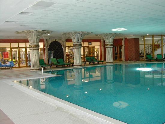 Duni Marina Royal Palace: Indoor Pool next to the Gymnasium