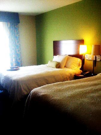 Hampton Inn & Suites Little Rock - Downtown: Beds - Room