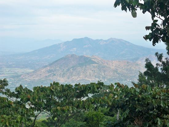 Apaneca Canopy Tour: Esto es lo que ves en tu recorrido una vista Grandiosa!