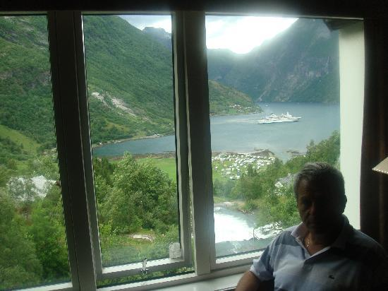 Hotel Union Geiranger: view from the window