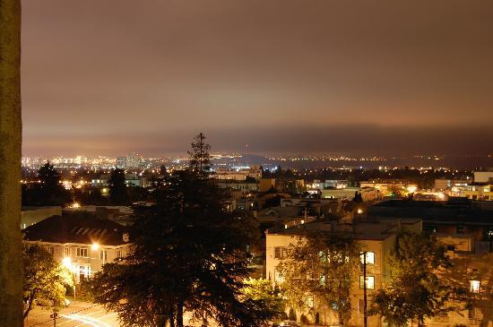 Berkeley City Club: Night view