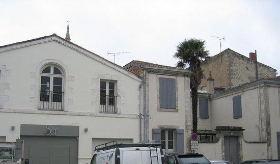 La Maison du Palmier : Situation centre ville