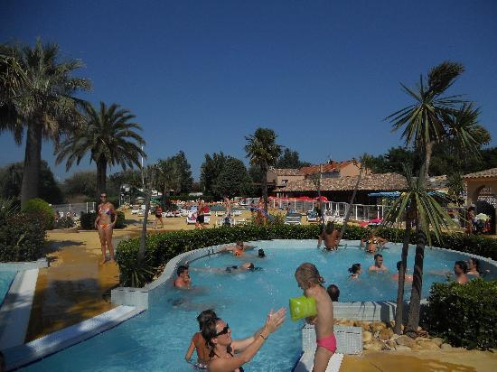 Agde, Frankreich: piscine