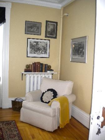 Shipwright Inn: A comfy chair in the guest parlor.