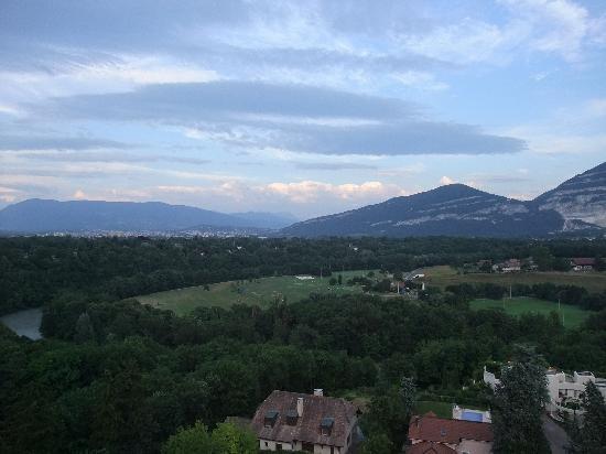 Cité Universitaire de Genève : the view