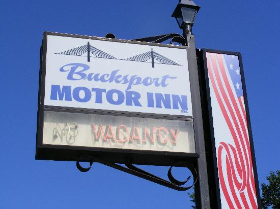 Bucksport Motor Inn: Easy to find