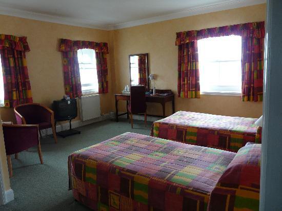 Bay Burlington Hotel: Room 320 Burlington