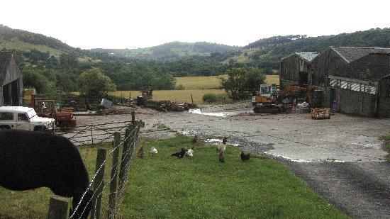 Harrop Fold Farm: entrance