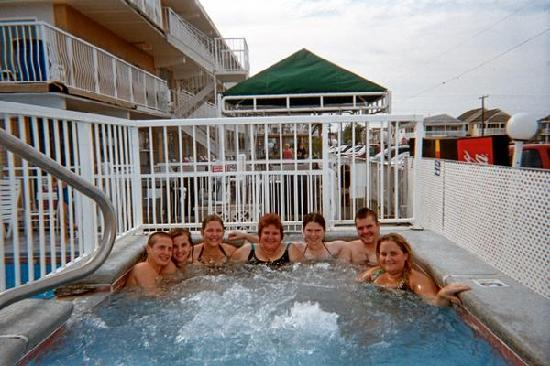 Granada Ocean Resort: All of us in hot tub