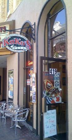 Koko's Cafe : The opposite direction of the front.