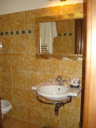 Beau Site - Antica Residenza: la salle de bain