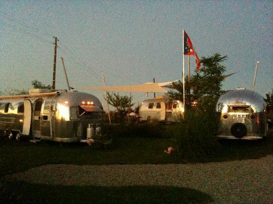 Belrepayre Airstream & Retro Trailer Park: Caravanes