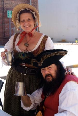 Greenville, Carolina do Norte: Having a good time at the Pirate Fest.