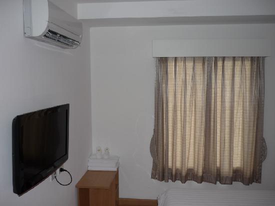 Nantra De Comfort : lit tv2