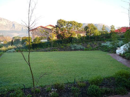 Dongola Guest House : The Garden