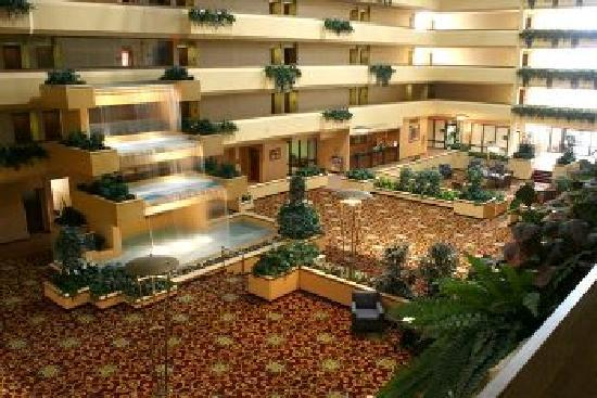 holiday inn beaumont plaza 99 1 4 4 updated 2018 prices hotel reviews tx tripadvisor. Black Bedroom Furniture Sets. Home Design Ideas