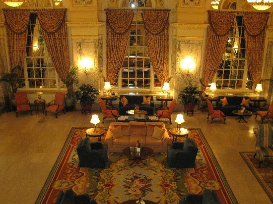 The Hermitage Hotel: Beautiful Lobby