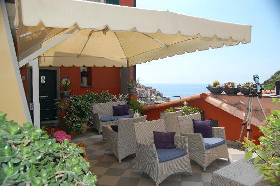 La Torretta: Terrace