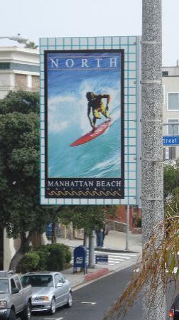 แมนฮัตตันบีช, แคลิฟอร์เนีย: Light pole sign