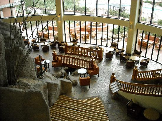 Sheraton Grand at Wild Horse Pass: view from lobby
